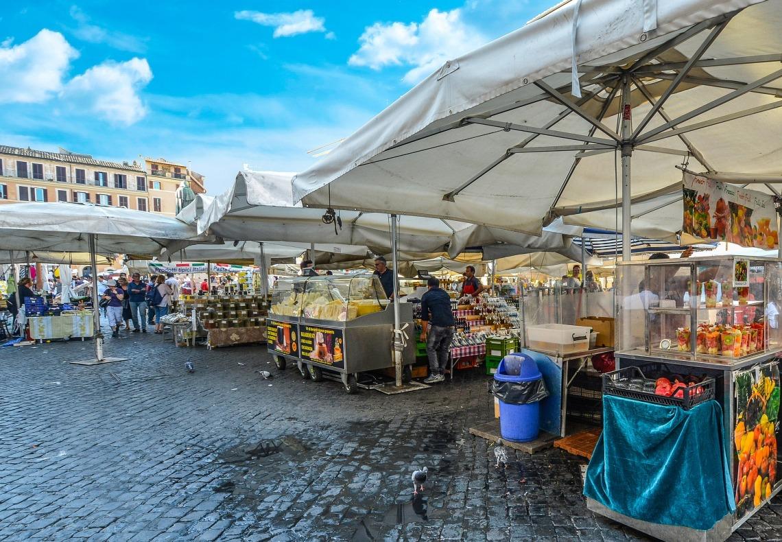 market-1921704_1920.jpg