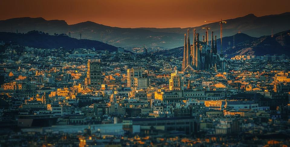 barcelona-3226639_960_720.jpg