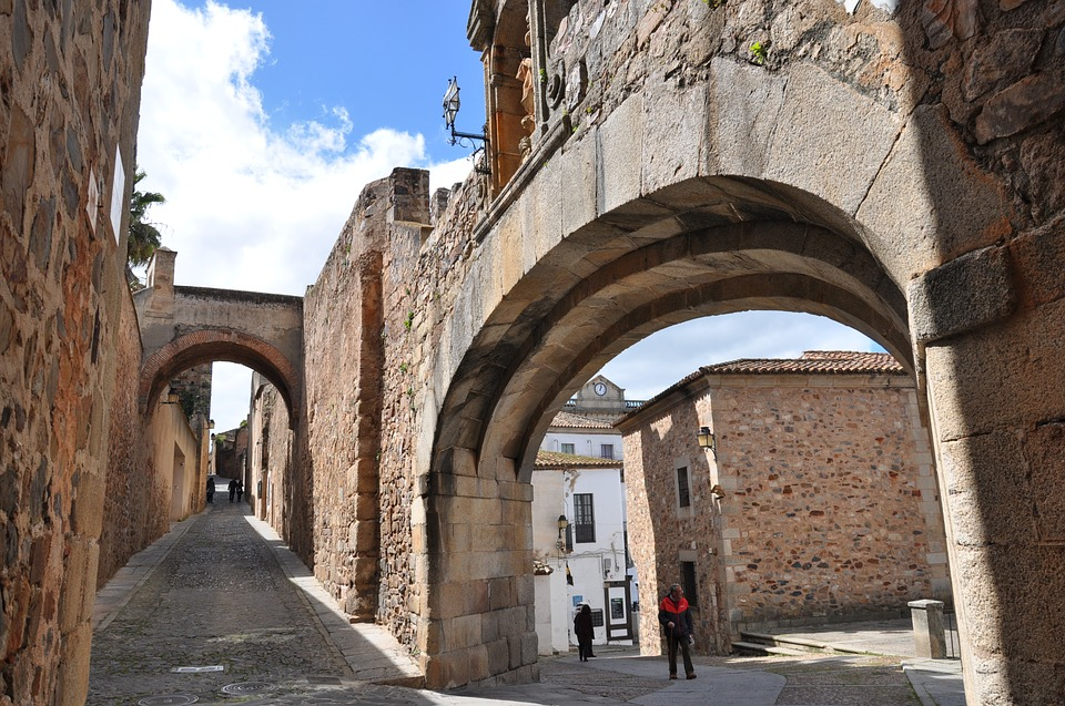 caceres-3540173_960_720.jpg